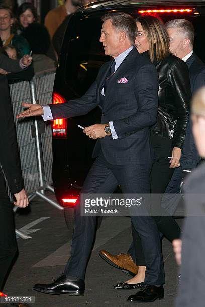 Actor Daniel Craig arrives to attend the '007 Spectre' Paris Premiere at Le Grand Rex on October 29 2015 in Paris France