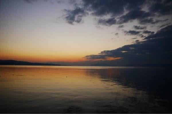 夕暮れの宍道湖と、暗雲-gooブログ