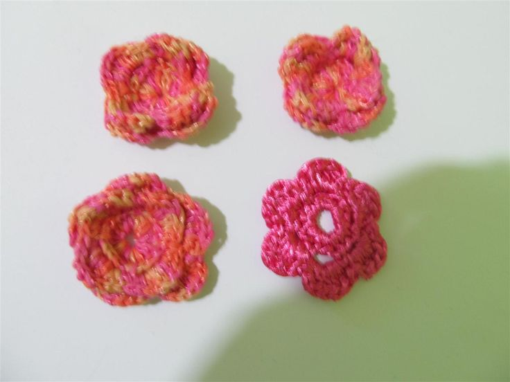 Handmade crochet flowers 40mm (4 pcs) Craft supplies Jewelry materials