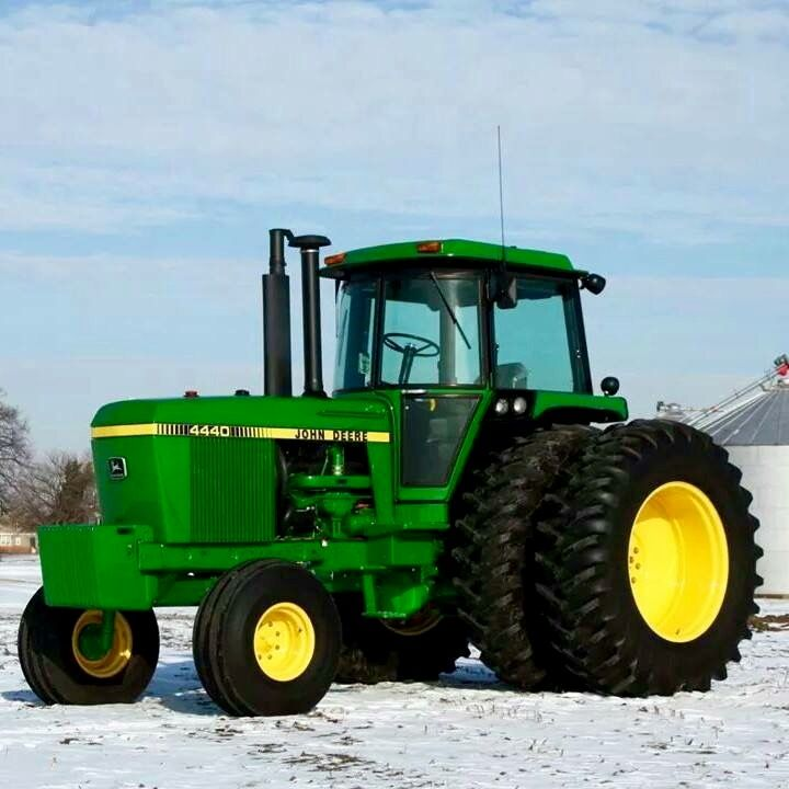 John Deere 4440 Rim : Best images about tractors on pinterest john deere