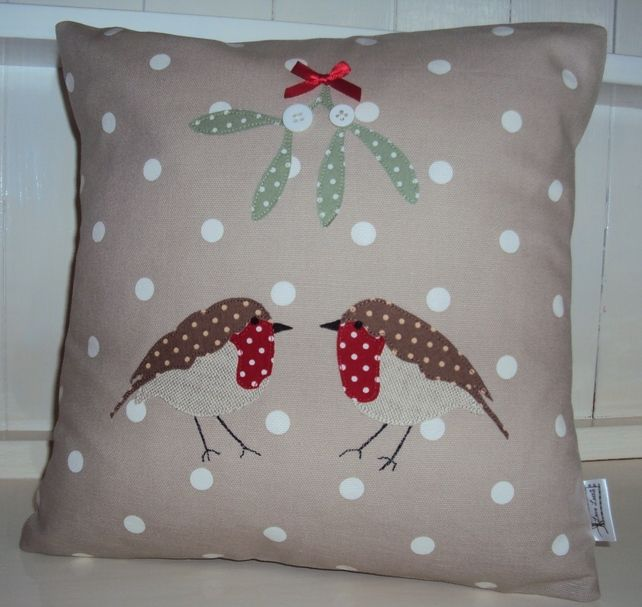 Christmas Cushion:  Mistletoe & Robins