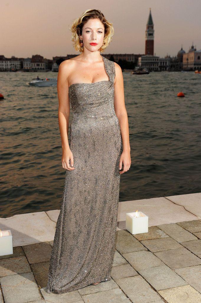 Sarah Felberbaum Photos - 2011 GUCCI Award For Women In Cinema - 68th Venice Film Festival - Zimbio