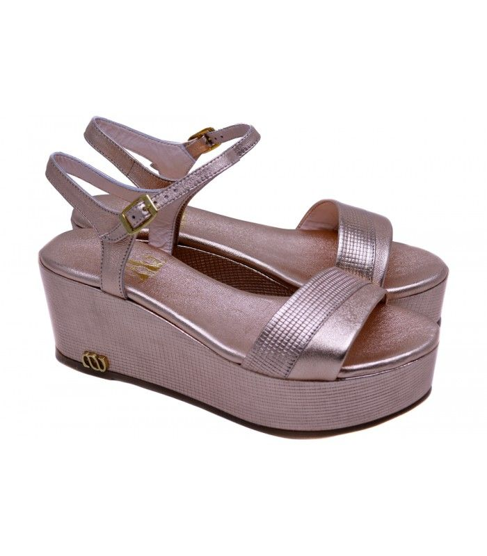 LEATHER WEDGE SANDALS DESIGNER LOU Stylish platform in pink gold leather,you can wear it from morning till night. AVAILABLE COLORS:NUDE BLACK PINK GOLD