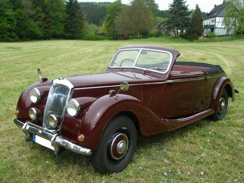 Riley RMB Drophead (1952). This was not made by the Riley Motor Cars Ltd works, but was built by the Nuffield Company who purchased the name after the demise of the original Company just after WW2.