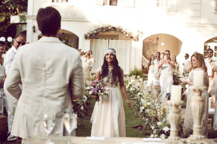 Casamento-Boho-Entrada-Noiva-Renata-e-Diego