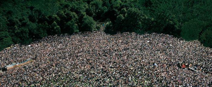 Andreas Gursky, Loveparade, 2001