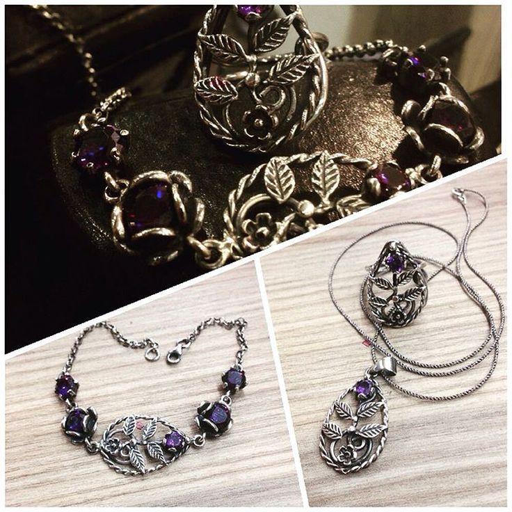#gümüş #silver925 #elişi #sipariş #kolye #yüzük #bileklik #doğaltaş #model #moda #takı #tasarım #işçilik #atölye #gümüşatölyem #imalat #mağaza #jewellery #handmade #design #sanat #antika #mücevher #fantastic #natural #otantik #wantgümüş #üsküdar #istanbul http://turkrazzi.com/ipost/1523277883588577458/?code=BUjxSoZgYiy