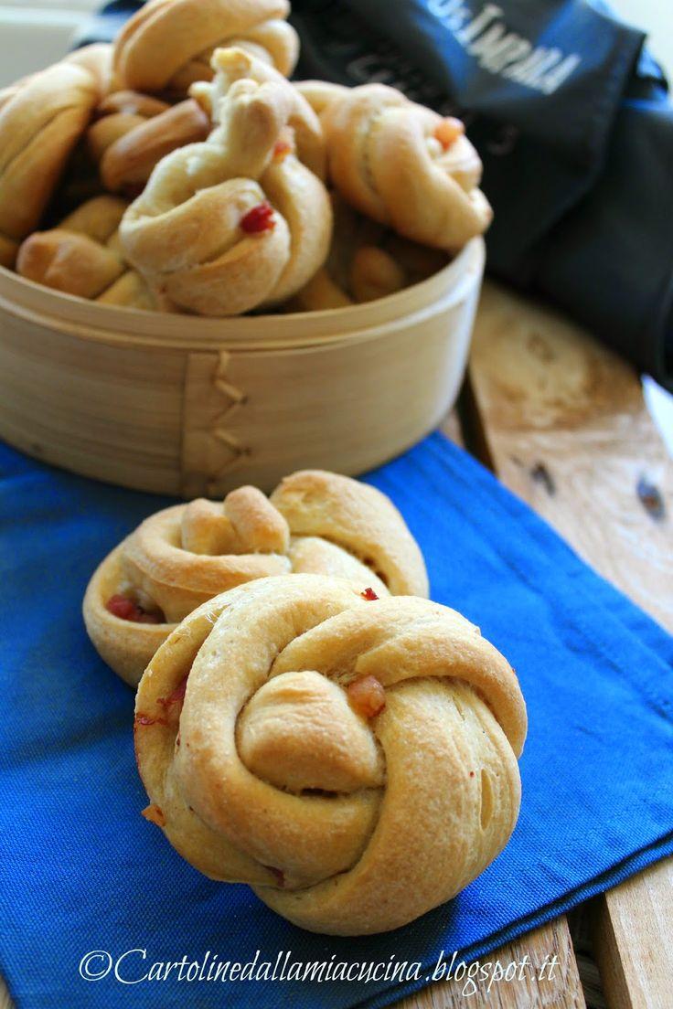 Cartoline dalla mia cucina intrecci di pane alla pancetta lievitati salati pinterest cucina - Appunti dalla mia cucina ...