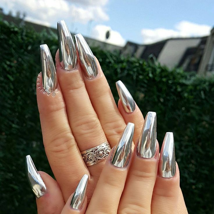 chrome stiletto nails trendy nails hair and cosmetics pinterest nail design instagram. Black Bedroom Furniture Sets. Home Design Ideas