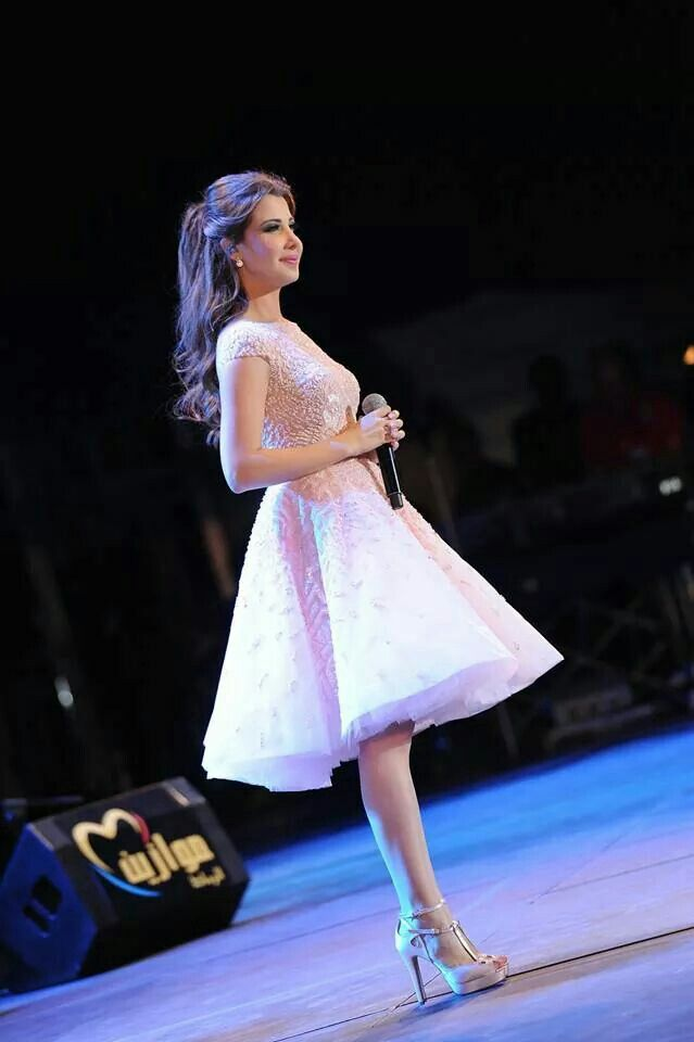 Nancy Ajram at Mawazine in a Zuhair Murad dress! Most wonderful dress ever!!!!!