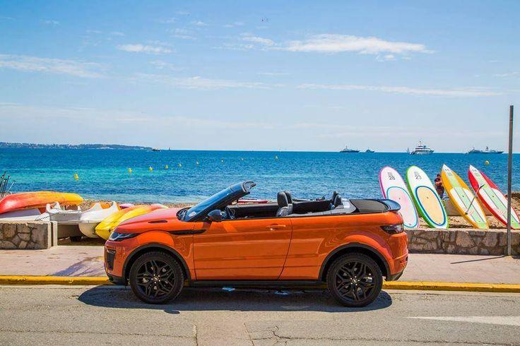 Açık hava gösterisi. Range Rover Evoque Convertible.