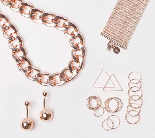 Rose Gold Flatlay #lovisajewellery