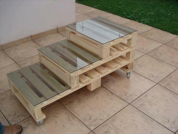 Gartenmobel Aus Holz Hersteller :  aus Paletten treppe tisch  Patio  Pinterest  Selber machen