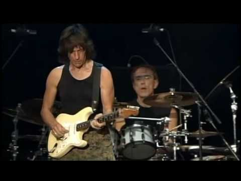 One of my all time favorite musicians, Jeff Beck.  The guy can make his guitar cry.  Fianlly got his due in 2009 by getting into the Rock-n-Roll Hall of Fame.