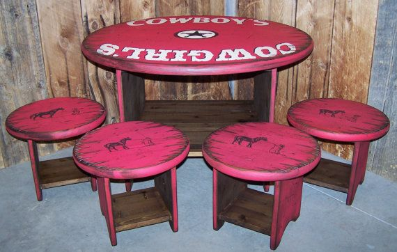 Western Round Kid's Table and 4 Stools