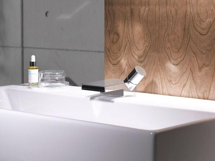 DEQUE タップをシンクします。 by Dornbracht デザイン: Sieger Design
