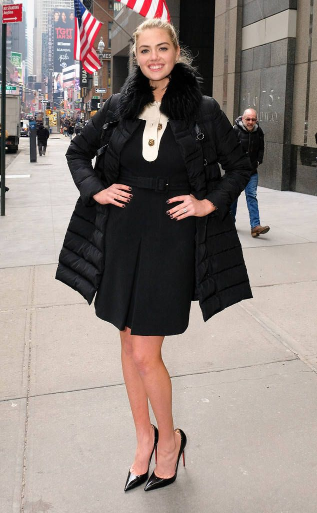 KATE UPTON The Sports Illustrated Swimsuit cover model stops to pose during an outing in NYC. D Dipasupil/Getty Images for Extra