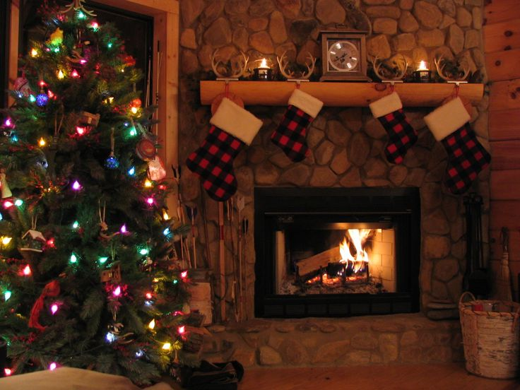 113 best a country style christmas images on pinterest for Country cabin christmas