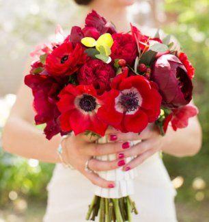 Маки в свадебном букете