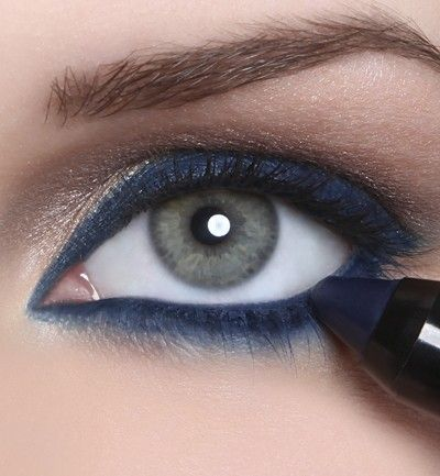 Navy blue eyeliner. is creative inspiration for us. Get more photo about Hair & Beauty related with by looking at photos gallery at the bottom of this page. We are want to say thanks if you like to share this post to another people via your facebook, pinterest, google plus …