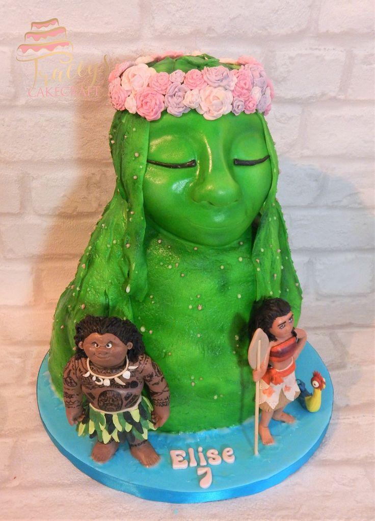 Te Fiti Moana cake, edible Maui, Moana & Hei Hei figures
