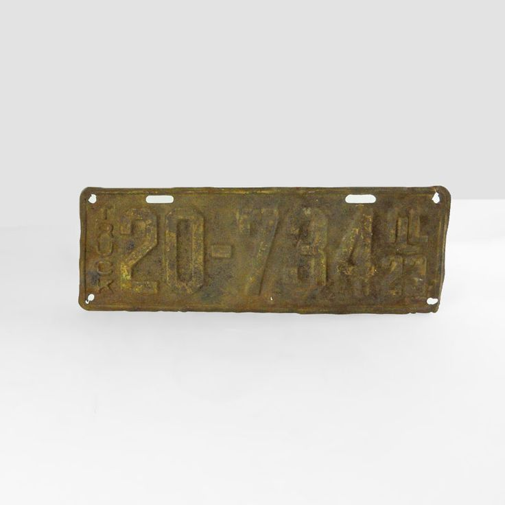 1923 Authentic Vintage Illinois Metal Truck License Plate - FOR SALE! Authentic vintage 1923 Illinois old metal truck license plate. 12-3/4L x 4-1/2W. Wall art sign for man cave or nice display item. Buy Now!