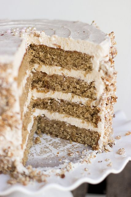 Oat Cake 2 by Kaitlin F, via Flickr  This looks like a lot of work, but I bet it is YUMMY!