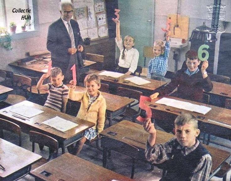 Het kleinste schooltje van Nederland met 6 leerlingen en 1 onderwijzer (1962)