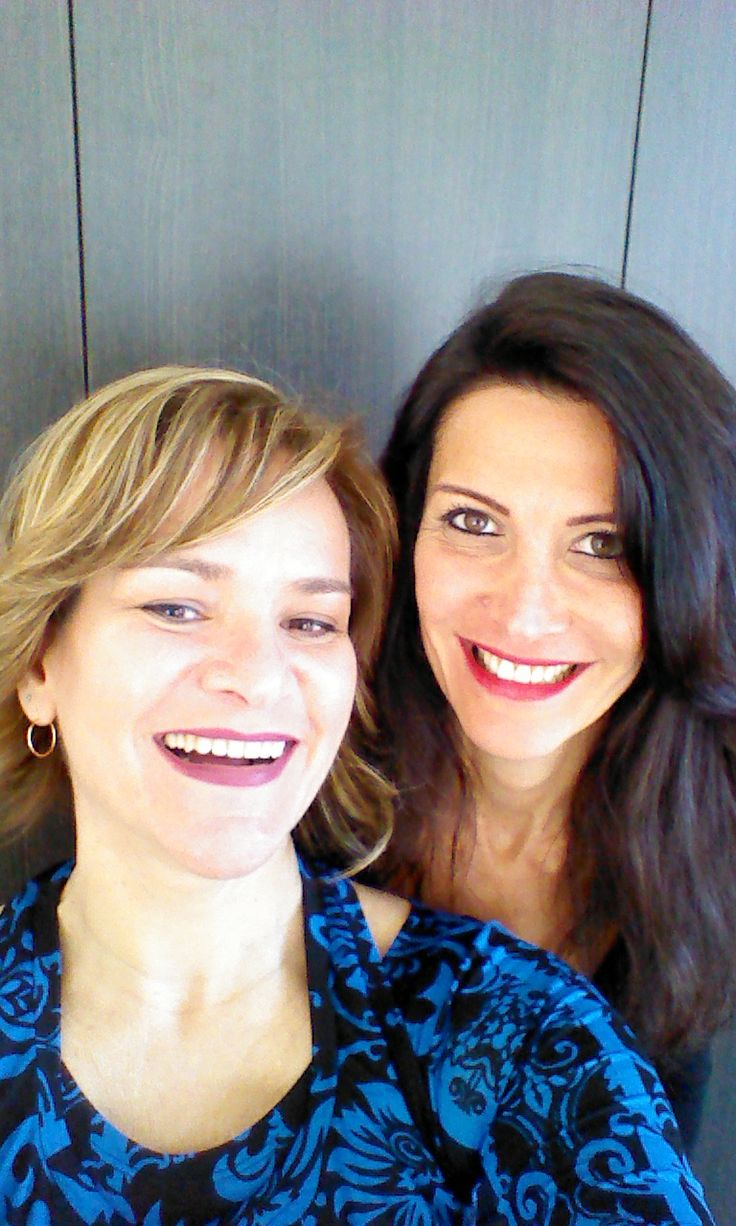 Elena Guarnieri (with her teacher Marcia). Elena is a journalist and newsreader for an Italian national TV station.