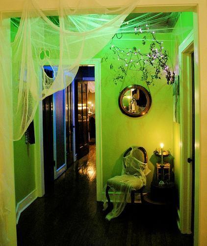 Halloween decorations : IDEAS & INSPIRATIONS  Indoor Halloween Decor