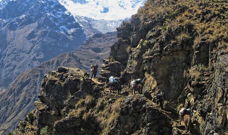 Machu Picchu and Sacred Valley 2 days tour #travel #beautiful #viajes #vacaciones #vacations #photo #peru #Blog #viajeros #cusco #machupicchu #lima #tours #huaynapicchu #aguascalientes #tren #guia http://www.machu-picchu.tours/en/tours/machu-picchu-and-sacred-valley-2-days-tour