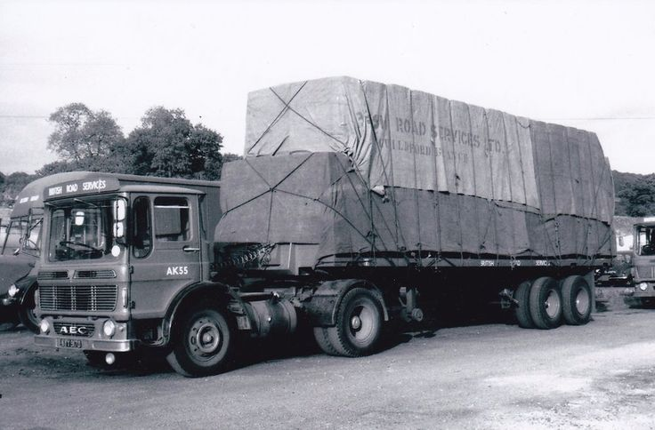 B/W PHOTO BRITISH ROAD SERVICES AEC MANDATOR ARTIC FLAT TRAILER - KYY 917D #Notapplicable