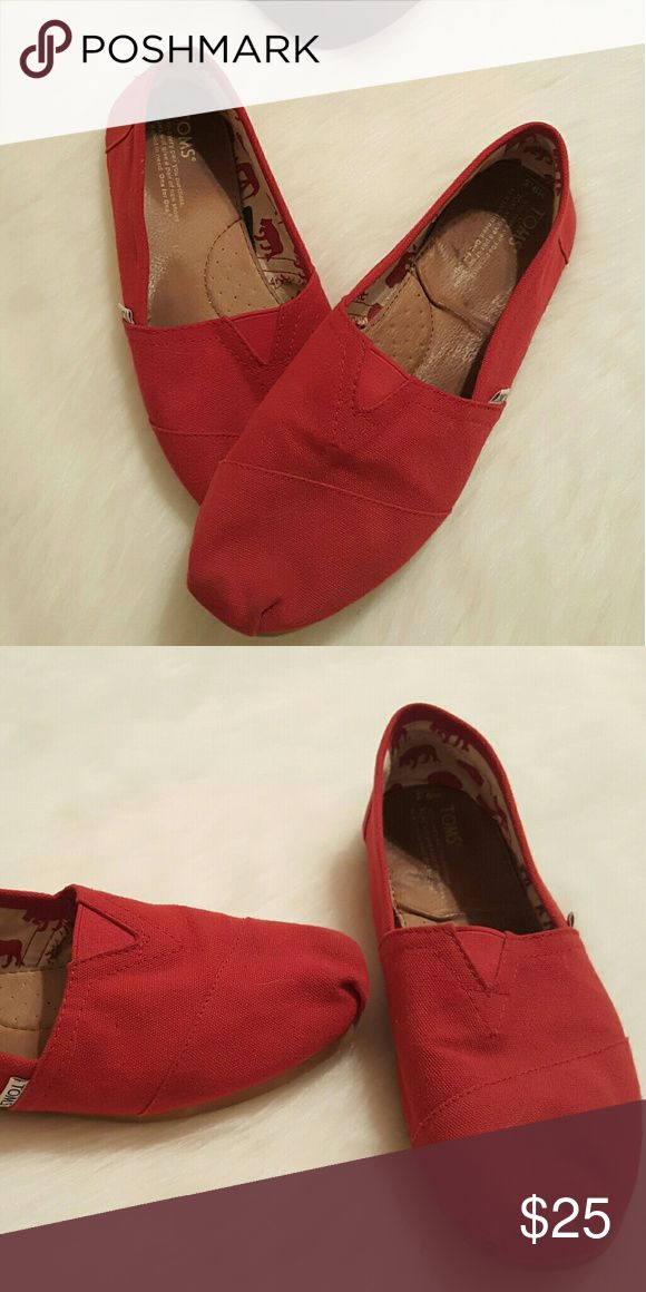 Men's TOM's Like new TOMS Shoes Loafers & Slip-Ons