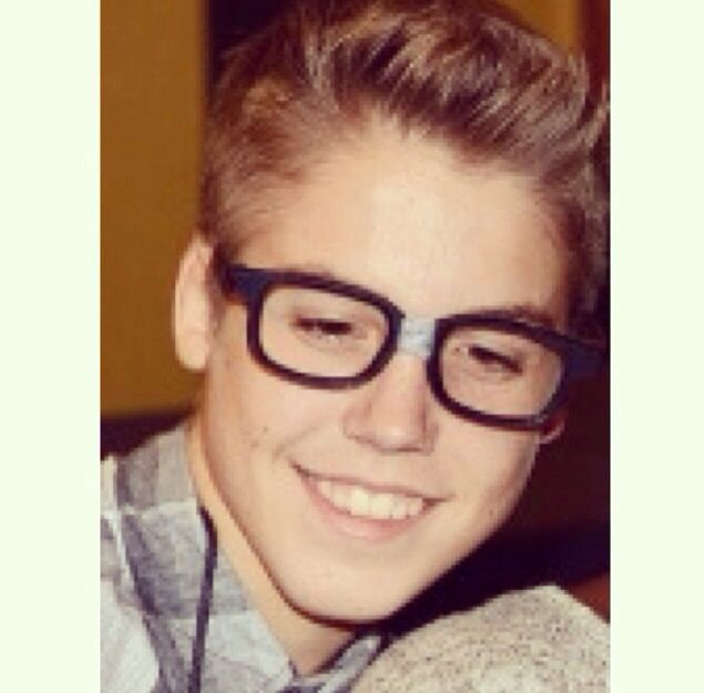 Nerdy Matt Espinosa is a cutie!❤️