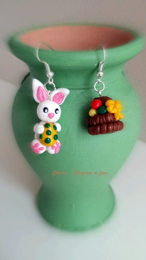Orecchini in fimo handmade coniglio con uovo di Pasqua e cestino con le uova idee regalo , by Chiara - Creazioni in fimo, 8,00 € su misshobby.com
