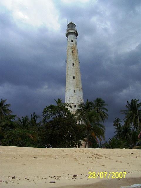 Pulau Lengkuas Lightnorthern point of Belitung east coast ofSumatra Java Sea Indonesia -2.537278, 107.620850   by devy's, via Flickr