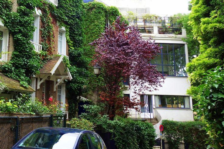 Paris : L'insolite square Montsouris, verdoyante allée résidentielle - Paris 14 | ParisianShoeGals