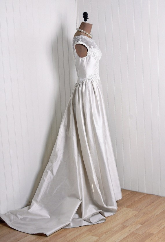 Wedding Gown: Priscilla of Boston: 1960's, shimmer silk dupioni, Chantilly lace.