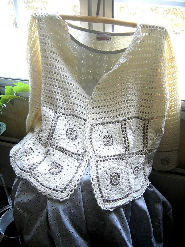 Inspiration :: Top by clothogancho.  Simple boxy construction, but still very feminine.  #crochet #sweater