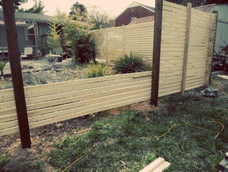 how to build a modern fence #DIY #MODERN