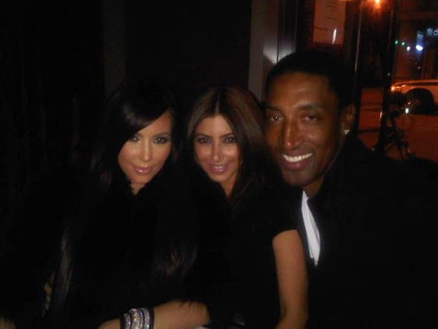 "Ballin' Babes  Did Kim keep up with The Real Housewives of Miami? She must have because her friend and fellow NBA wife Larsa Pippen, who is married to basketball legend Scottie Pippen, was one of the show's boisterous stars! Kim tweeted on Oct. 20, 2010, ""Trippin' with the Pippen's! LOL @LarsaPippen @Jeremiah Miller."""
