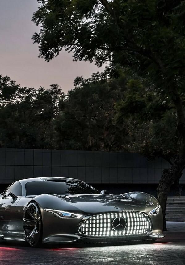 OMG! I don't suppose even Santa can pull off getting a 'GT6 Mercedes'down the chimney this Christmas, right?