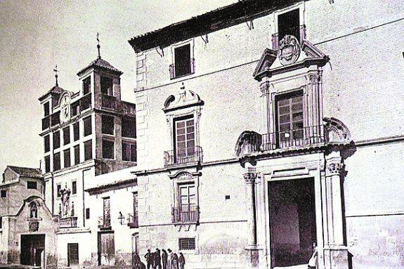 palacio de los velez http://www.laverdad.es/murcia/ciudad-murcia/201406/01/murcia-arraso-piqueta-20140601014426-v.html