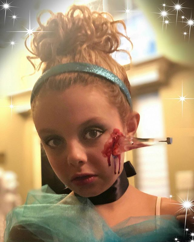 Halloween At Mohoneys 2020 Official Mallory James Mahoney (@malloryjamesmahoney) • Instagram