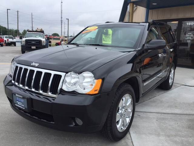 2010 Jeep Grand Cherokee Limited. #Jeep #grandcherokee #suv #fainesautosales #springfield #illinois #autosales #quality #preowned #dealership #financing #luxury #sporty #sedan #coupe #suv #crossover #hybrid #auto #inventory