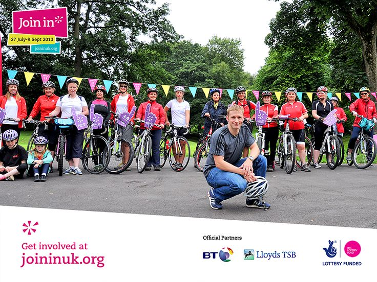 Team GB Olympian Jason Kenny with the @Clare Thompson Cycling Breeze women riders in Bolton for Join In.