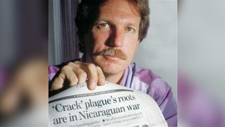 """Kill the Messenger"" Resurrects Gary Webb, Journalist Maligned for Exposing CIA Ties to Crack Trade Democracy Now"