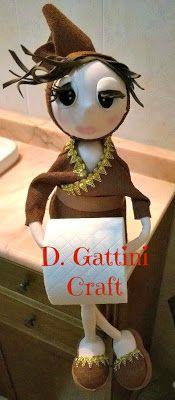 GATTINI CRAFT: BAMBOLA PORTAROTOLI IN GOMMA CREPLA/MOOSGUMMY