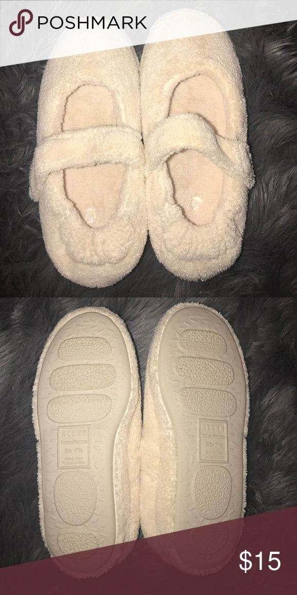 Acorn slippers NWOT New, tried on but never worn! Super soft Acorn slippers. Size is 6.5-7.5 but I wear a 7.5 and they are too tight for me! Non smoker. Acorn Shoes Slippers
