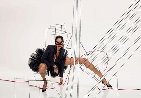 Stunning photos of Rihanna for Vogue Paris http://ift.tt/2Bt7EKk